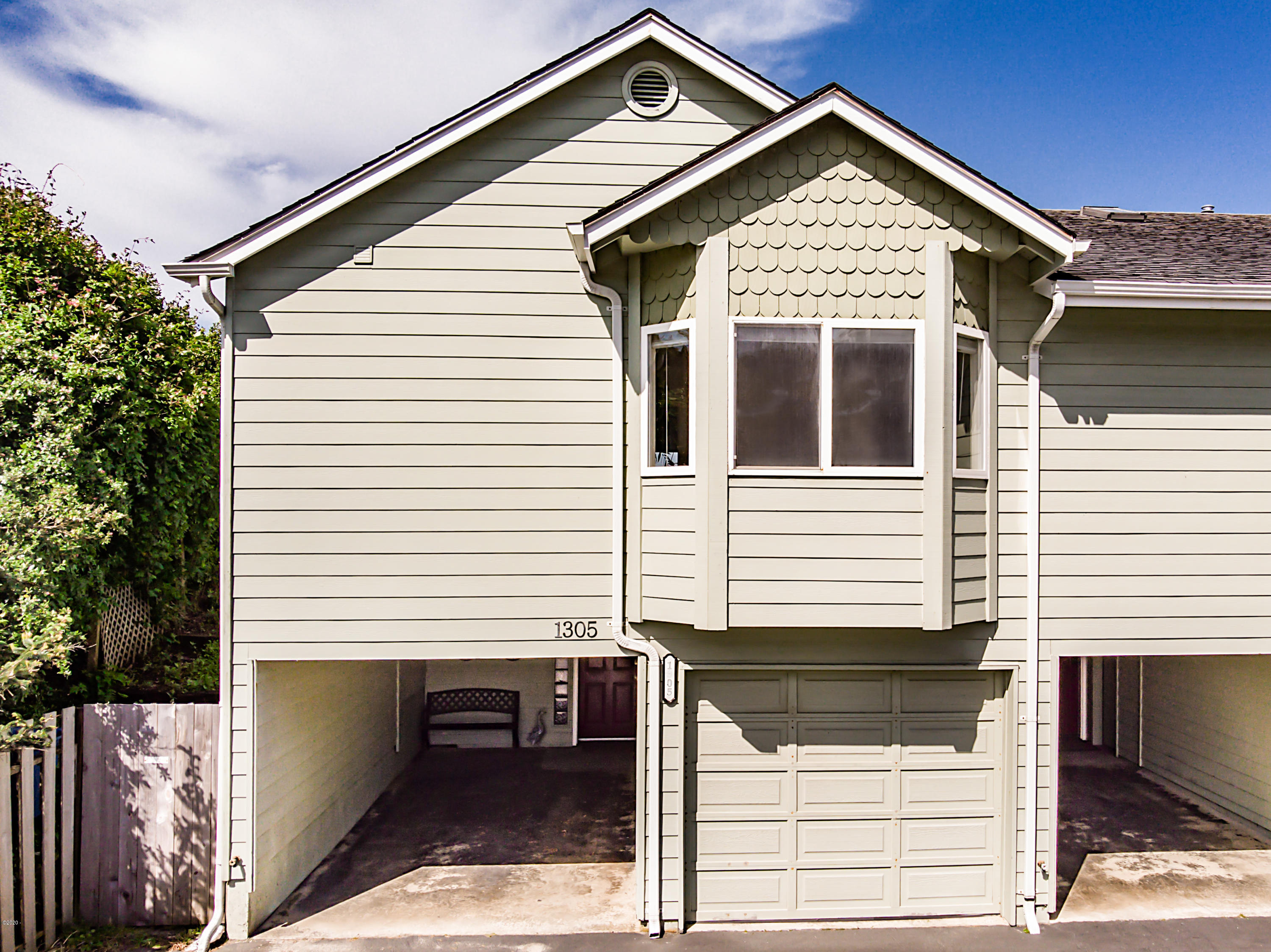 1305 NW Harbor Ave, Lincoln City, OR 97367 - Main