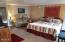 4229 SW Beach Ave, #35, Lincoln City, OR 97367 - King Bed & Couch