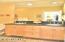 325 NW Coast St, G, Newport, OR 97365 - Second Bedroom Bathroom  - Copy