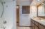 22 Crestview Dr, Yachats, OR 97498 - Upstairs bath b