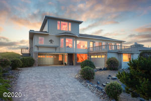 343 Salishan Dr, Gleneden Beach, OR 97388
