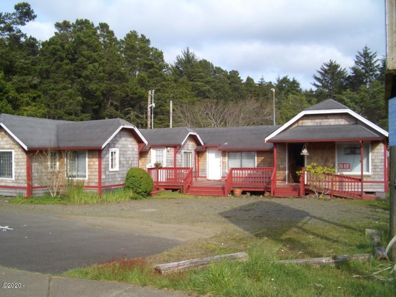 3570 N Hwy 101, Depoe Bay, OR 97341 - Street Front