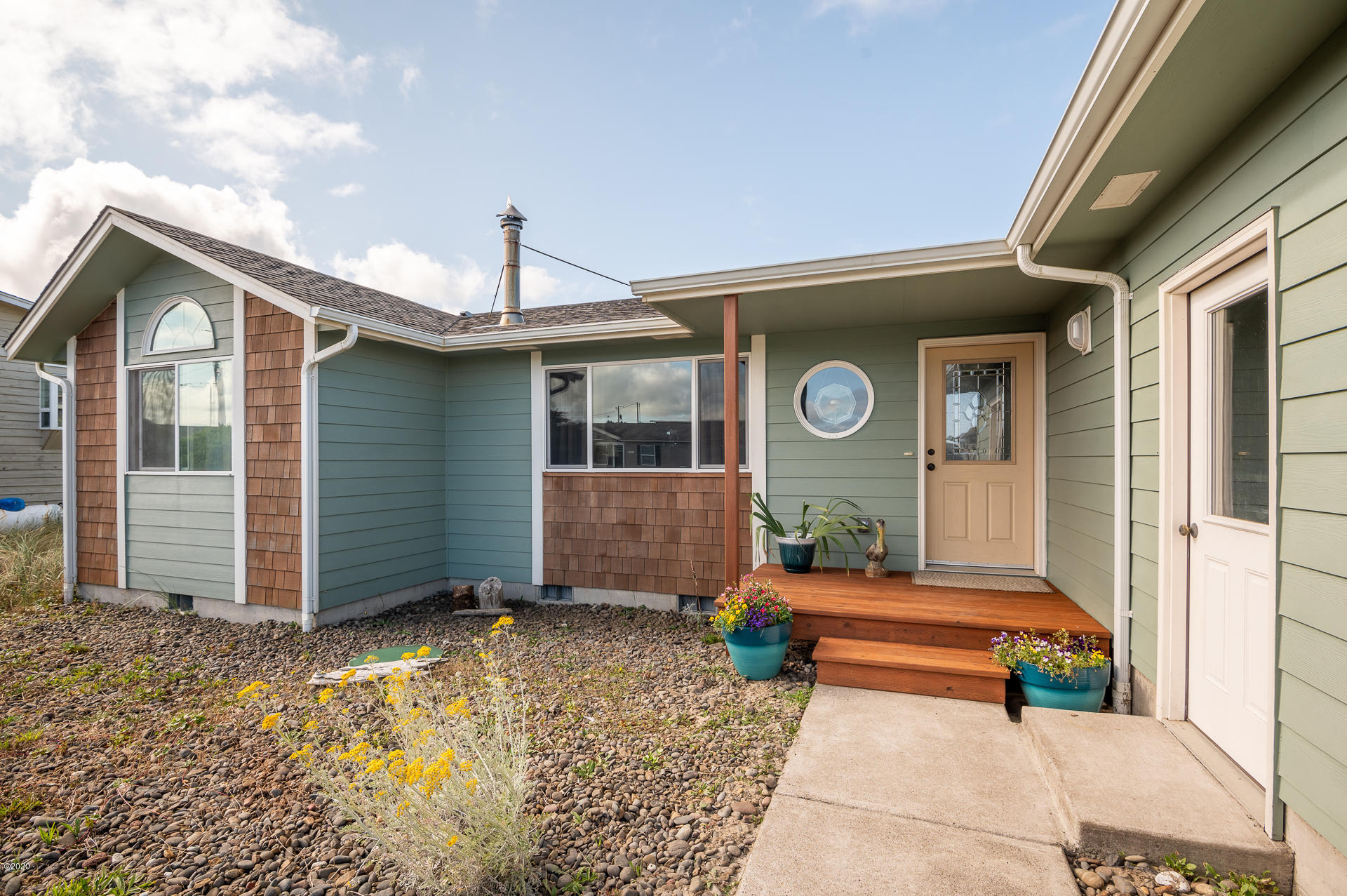 1905 NW Bridgeview Dr, Waldport, OR 97394 - _NZ67869-HDR-RMLS