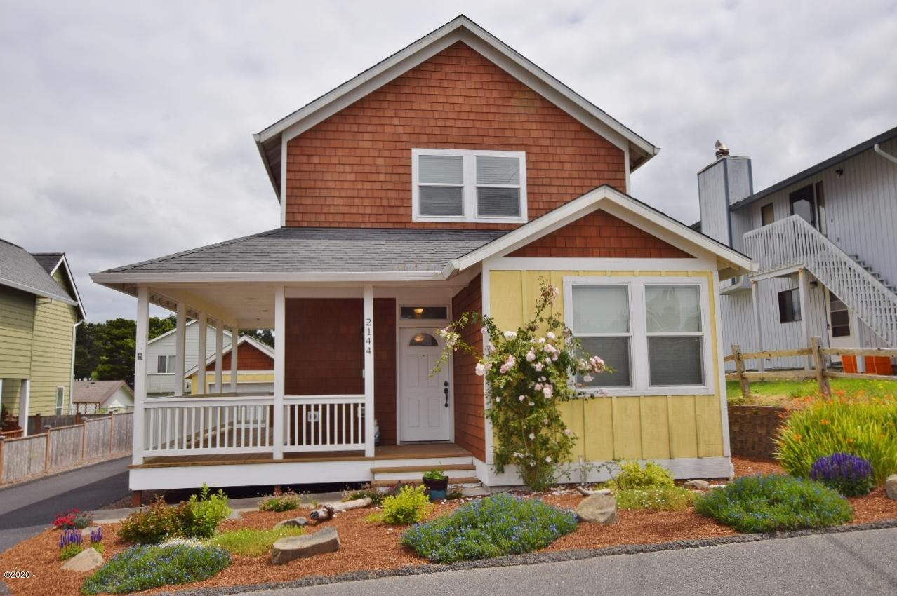 2144 NW Jetty Ave, Lincoln City, OR 97367
