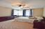 2144 NW Jetty Ave, Lincoln City, OR 97367 - First floor bedroom