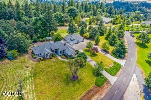 988 Twin Hills Dr SE, Jefferson, OR 97352 - front