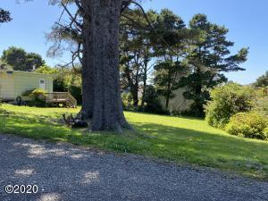 3105 NW Mast Ave, Lincoln City, OR 97367 - IMG-8715