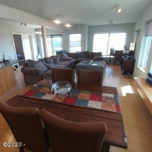 720 SW 6th St, 208, Newport, OR 97365 - Open