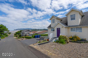 624 SW Ebb Ave., Lincoln City, OR 97367 - Curbside St. View