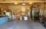 2535 NE Douglas St, Newport, OR 97365 - Garage