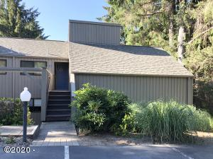 5801 NE Voyage Ave, 42, Lincoln City, OR 97367 - Welcome Home!