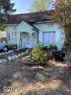 379 SE Egbert Ave, Siletz, OR 97380 - House