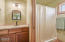 1025 NW Inlet Ave., Lincoln City, OR 97367 - Full Bathroom