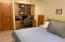 2102 NW 33rd St, Lincoln City, OR 97367 - Bedroom