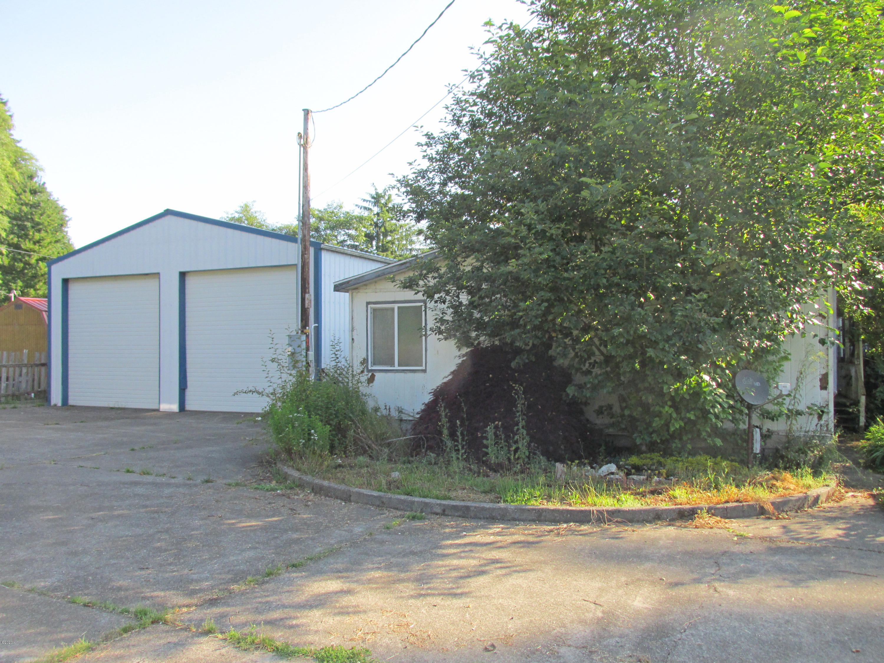 25545 Chinook St, Cloverdale, OR 97112