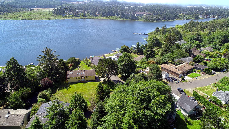 1303 NE 7th, Lincoln City, OR 97367 - Beautiful Lake views