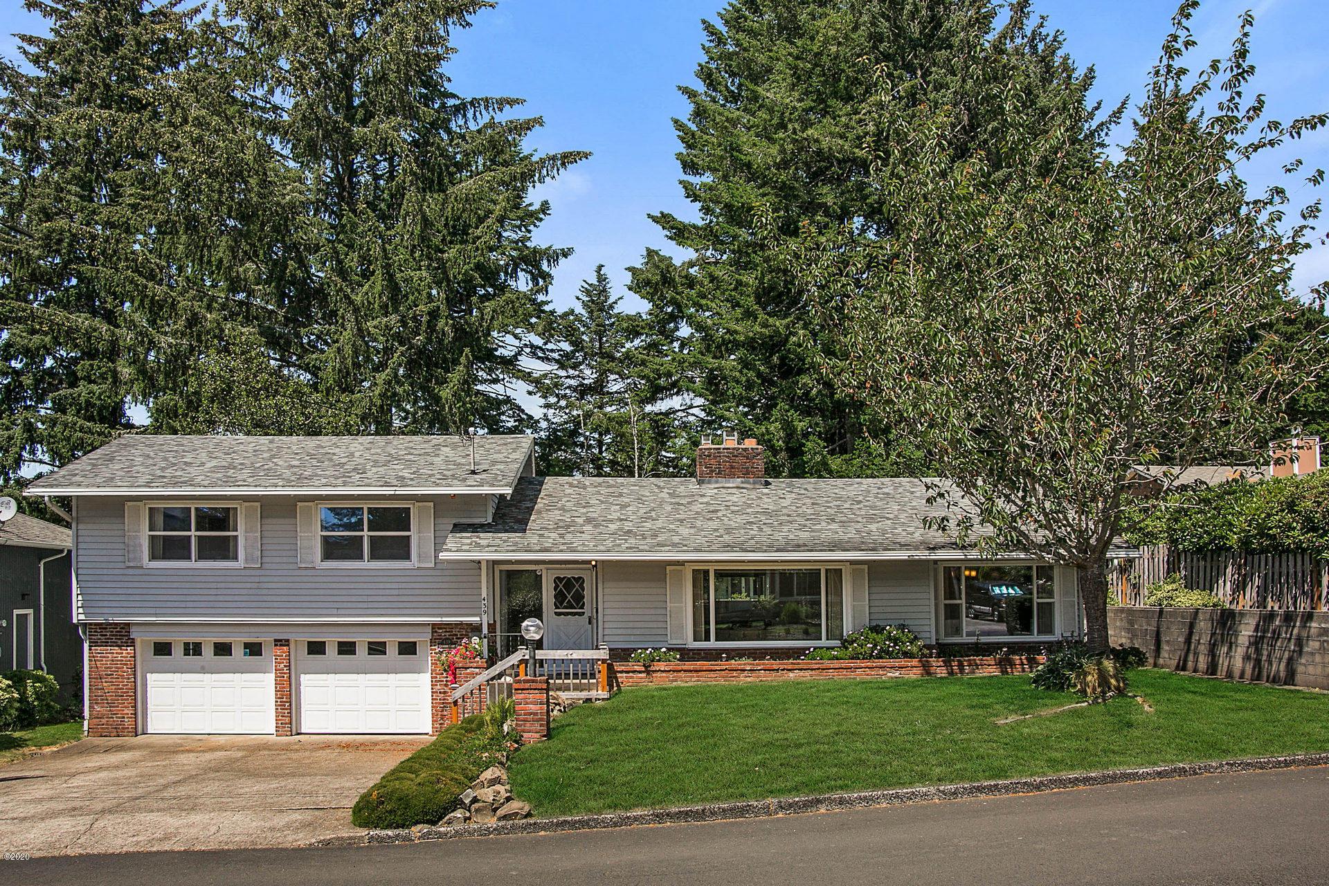 439 NE Chambers Ct, Newport, OR 97365 - Street View