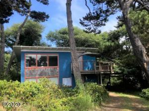 7220 Neptune Ave, Lincoln City, OR 97367 - Exterior