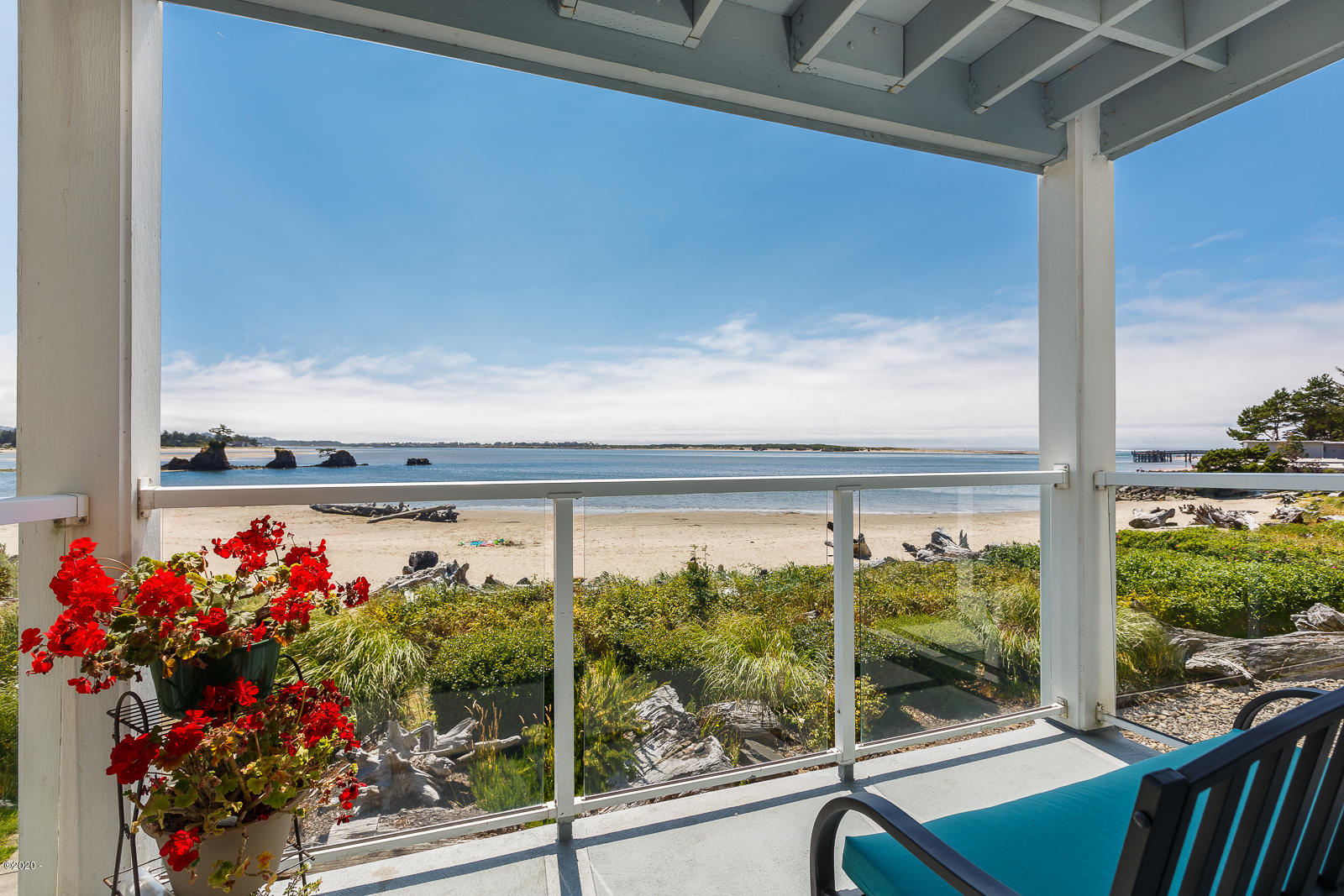 5201 SW Hwy 101, 208, Lincoln City, OR 97367 - WatersEdgeUnit208-03