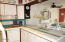 180 SE Hwy 101, 9, Lincoln City, OR 97367 - Kitchen