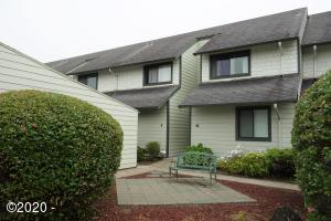 180 SE Hwy 101, 9, Lincoln City, OR 97367 - Front