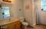 562 S Hwy 101, Yachats, OR 97498 - Master Bathroom Main Living