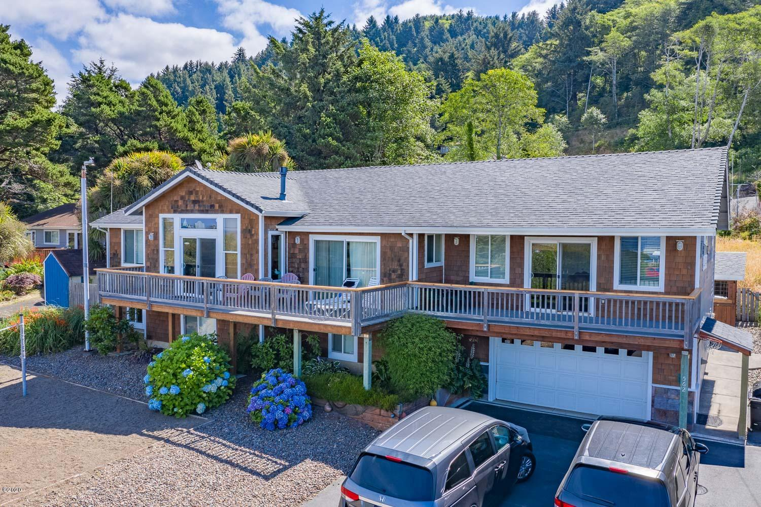 562 S Hwy 101, Yachats, OR 97498 - Front Of The Home