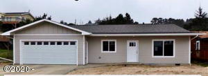 1909 NW Bayshore Dr, Waldport, OR 97394 - Front--