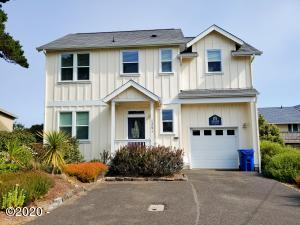 1241 NW 13th St, Lincoln City, OR 97367 - Front View