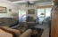 114 E Easter Valley Rd, Tidewater, OR 97390 - Living room