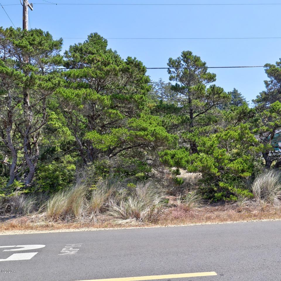 1301 NW Bayshore Dr, Waldport, OR 97394 - Front of Lot
