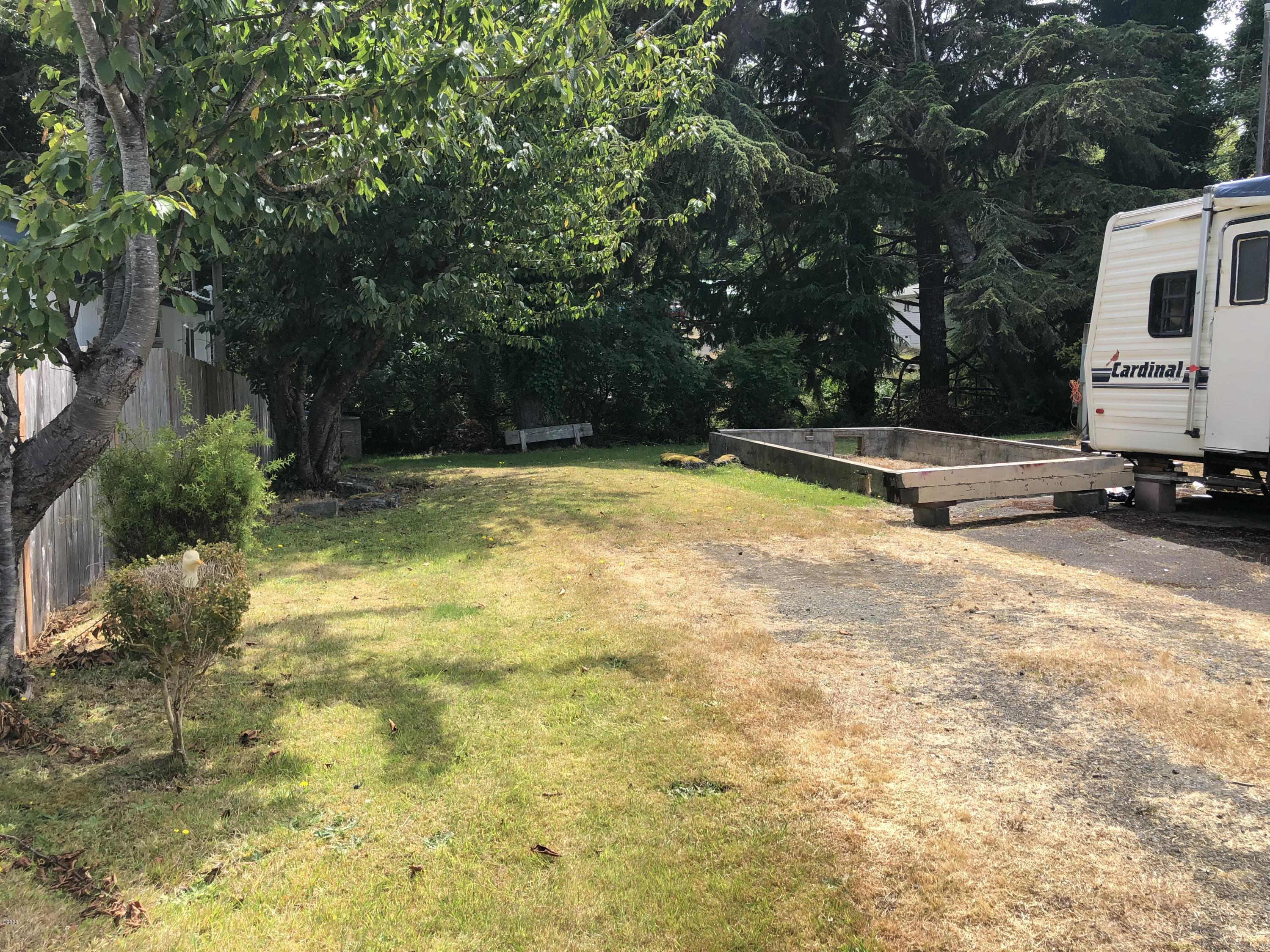 2326 NE 29th Dr, Lincoln City, OR 97367 - East Side of Lot
