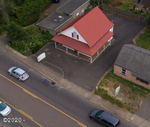 636 E Olive St, Newport, OR 97365 - Setting