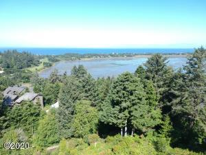 421 Surf View Dr, Lincoln City, OR 97367 - Skyview