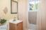 14 SW Lee St, Newport, OR 97365 - Bathroom (1280x850)