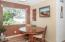 14 SW Lee St, Newport, OR 97365 - Dining Area - View 1 (1280x850)