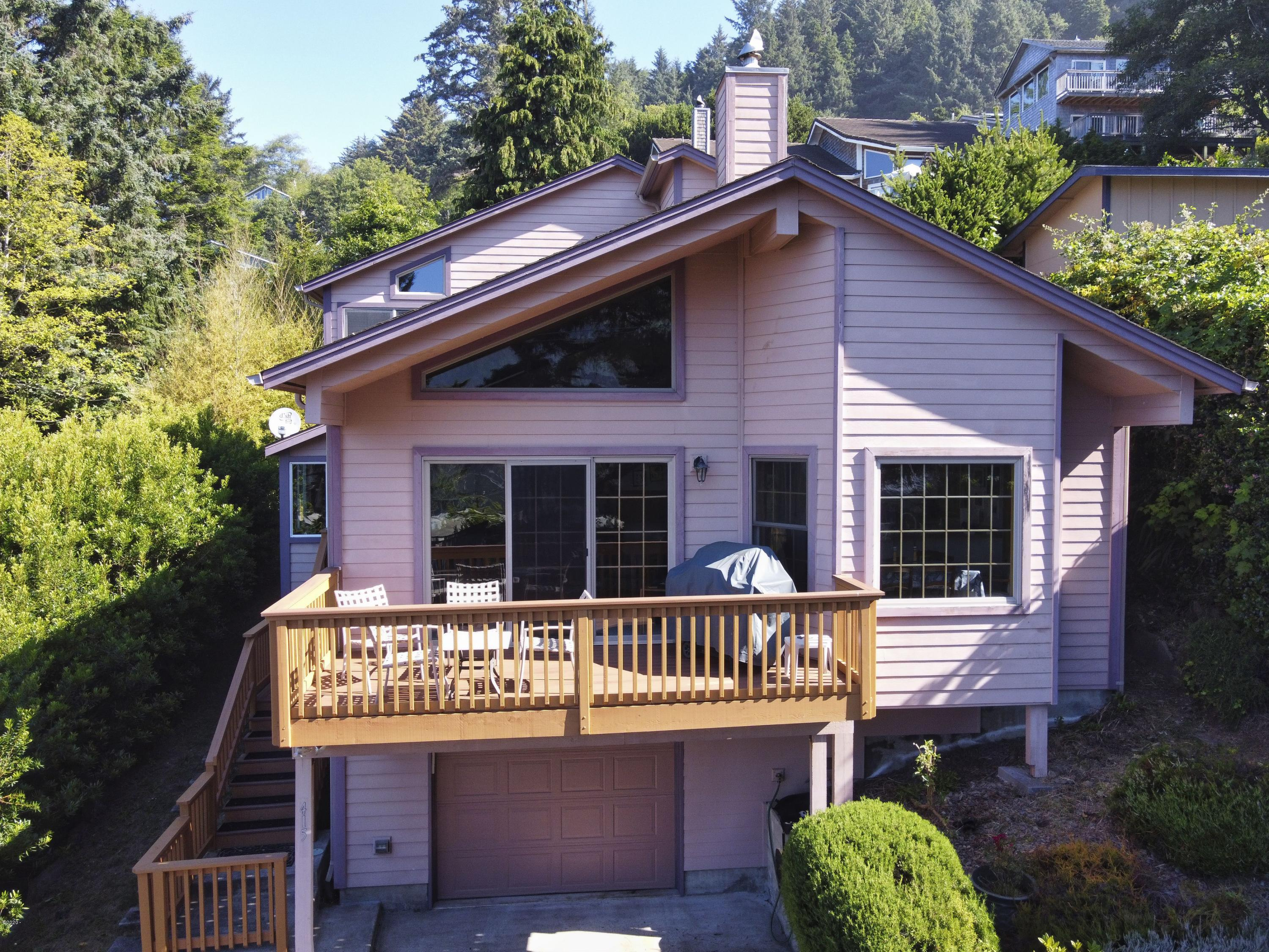 415 E 2nd St, Yachats, OR 97498 - 415 E 2nd St. aerial