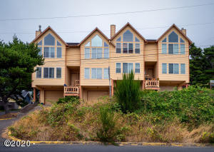 1039 SW Abbey St, A, Newport, OR 97365 - HighRes-1