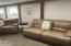 1934 NE 14th St, Lincoln City, OR 97367 - Living Room