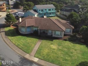 1765 NW Lincoln Loop, Lincoln City, OR 97367 - Exterior