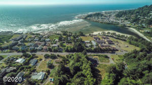 158 US-101, Yachats, OR 97498 - Aerial 2
