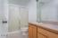 4175 Hwy 101 N, N-3, Depoe Bay, OR 97341 - Master Bath