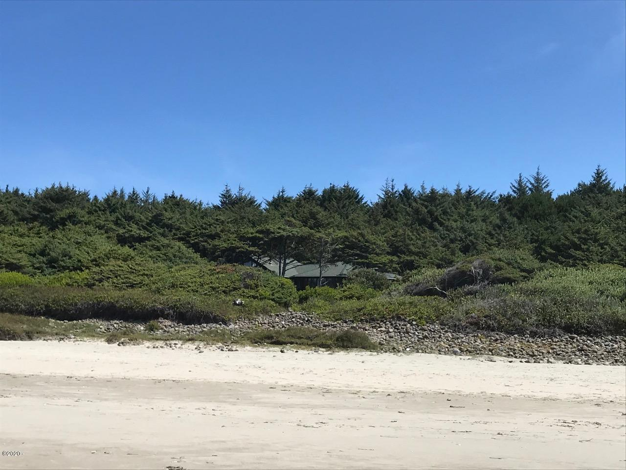 3735 Hwy 101 N, Yachats, OR 97498 - Home from Beach