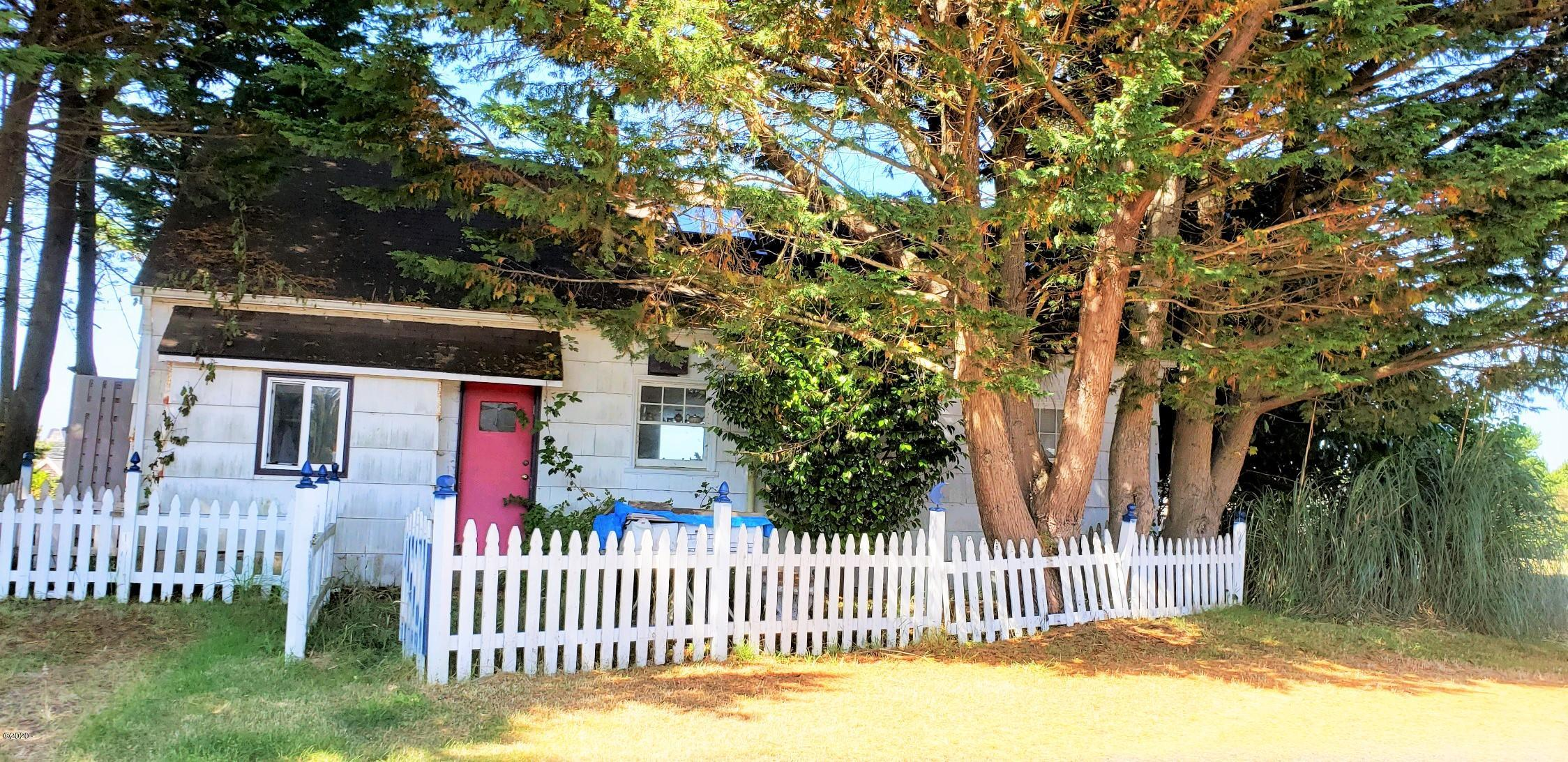 34915 Brooten Rd, Pacific City, OR 97135