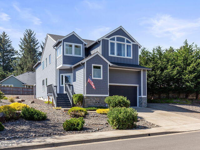 5801 NE Voyage Way, Lincoln City, OR 97367