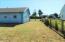 606 Miller Av, Tillamook, OR 97141 - side yard