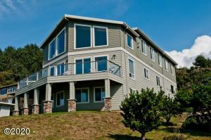 2030 NE 66th St., Lincoln City, OR 97367 - Luxury Beach Home