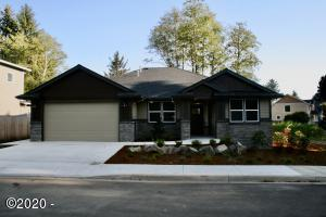5698 NE Voyage Way, Lincoln City, OR 97367 - Exterior Front