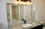 5698 NE Voyage Way, Lincoln City, OR 97367 - Master Bath