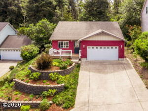 2485 NE 27th Dr, Lincoln City, OR 97367 - Front